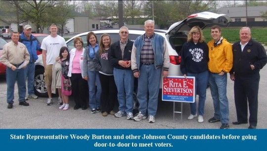 woody-and-candidates-going-door2door